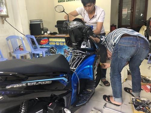 lắp thiết bị định vị xe máy chuyện nghiệp